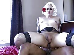 Black dude rams his dick inside tranny's ass @ transsexual girlfriend experience #02