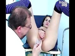 Teen brunette hairy pussy gyno speculum exam