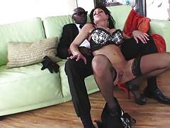 Mature bitch takes big black dick in her mouth