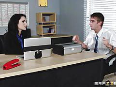 Veruca gets throated in the office
