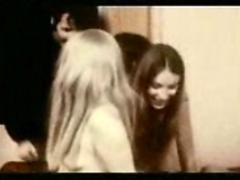 Trapped in the house  1971