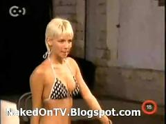 Aktmodell - naked hungarian casting on tv  stripping 3