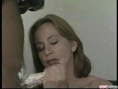 Hot sexy milf loves cream !