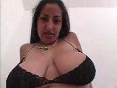The hottest busty indian woman