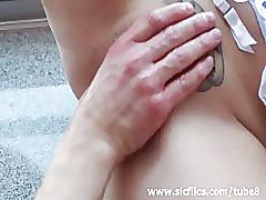 Amateur milf addicted to fist fucking orgasms
