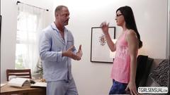 Hot masseuse ts stefani gives dude a sloppy blowjob