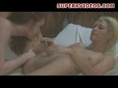 Sexy lesbians eating pussy