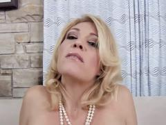 Cougar head #34 busty super-duper blonde older woman