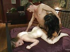 Dude fucks his babe while a tranny tears up his ass