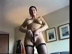 Sticky fingered roxy is one horny milf slut