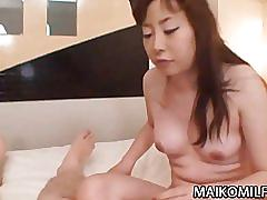Shiho horiuchi - japan momma fucked in a motel