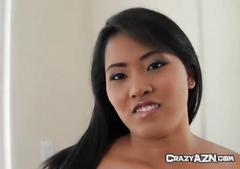 Hot thai girl gives her boyfriend a nice blowjob