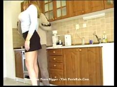Frieda- hot blonde cooking