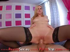 Cette fille total nympho a plusieurs orgasmes !! french amateur