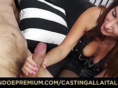 Cute milf loves raw anal