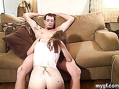 Amateur hottie gets birthday fuck!