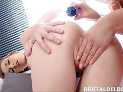 Teens alexis crystal and cayla lions fuck thick fuck toys