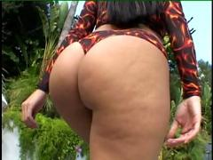 Sexy latina with nice ass
