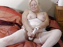 blonde, big ass, big tits, mature, solo, masturbation, stockings, vibrator, bbw, mature nl, cindy s.