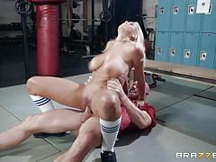 Busty cheerleader was fucked in the locker room