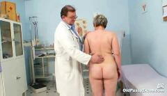 Mature fat pussy ruzena gyno speculum bizzare clinic exam