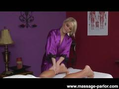 Cute blondie ash hollywood massage and blowjob