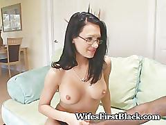 Eurobabe devours chocolate treat
