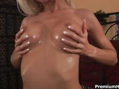 Hot oily fuck with big titted blonde veronica