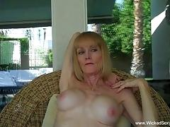 Horny granny bj from the pool in the backyard