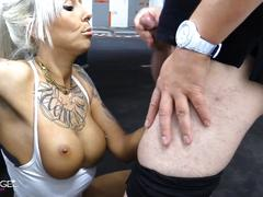 Horny fuck in the parking garage
