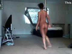 Brianna pole dance