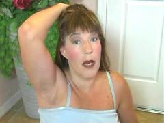 Mommies body odors