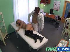 Fakehospital cheating blonde sucks and fucks after striking a fast surgery deal