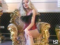 Corneliah's long legs