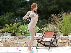 babe, redhead, solo, teasing, outdoors, wow girls, michelle xxxx