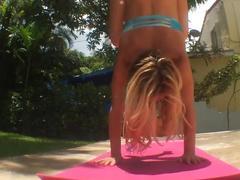 Kino yoga strech