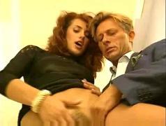 Simona valli-una ricca vergine