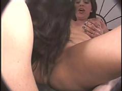 Lesbo sluts in heat...usb