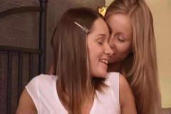 Lesbians love anal games : ashley & lilian.