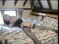 A fine english rose satisfying and enjoying her bf's cock