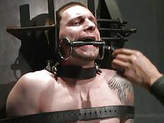 Gay slave has his asshole electrocuted