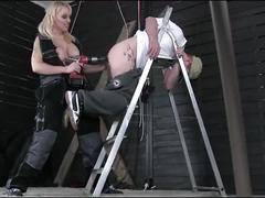 Monicamilf get's a fuckmachine bp while doing a bj