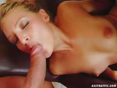 Ass traffic sweet honey offers her ass for double penetratio