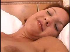 Hot amateur squirting gal!