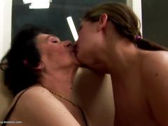 Girl fucks granny and mature not her mom