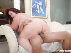 Sexy cougar bbw lady lynn fucks latin landlord juan largo