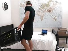 Bubble butt hunk wants his stepdad's fat cock