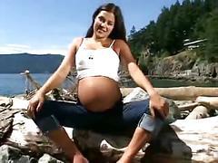 Horny pregnant slut masturbate