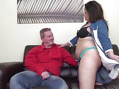 Fat milf's erotic show is too hard to ignore