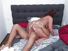 Mature lady needs a hard long cock to get utmost satisfaction